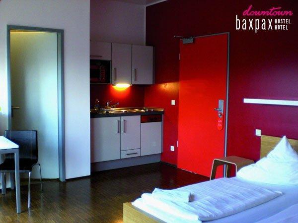 Baxpax Downtown Hostel Hotel