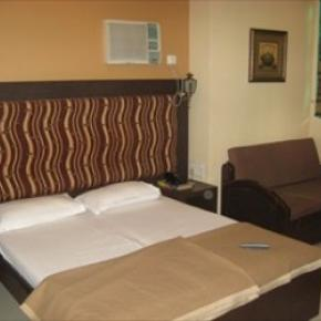 Hostellit - Hotel Highway Residency