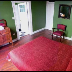 Hostellit - Allegretto Bed and Breakfast