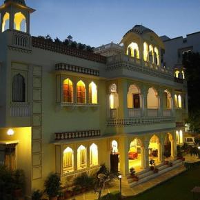 Hostellit - Krishna Palace