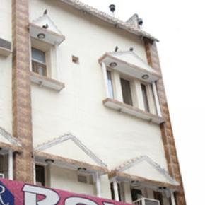 Hostellit - Hotel Roxy DX.