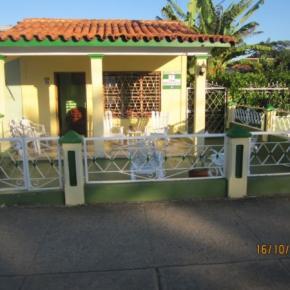 Hostellit - Casa Mirta Azcuy