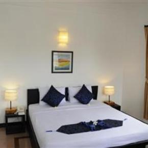 Hostellit - Frangipani Villa Hotel