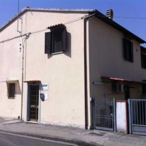 Hostellit - Holiday House Ospedale BnB