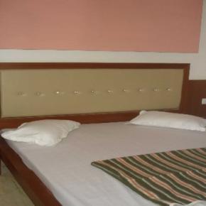 Hostellit - Hotel S.B.INN