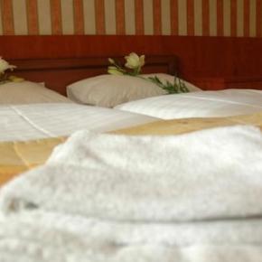 Hostellit - Atlantic Hotel