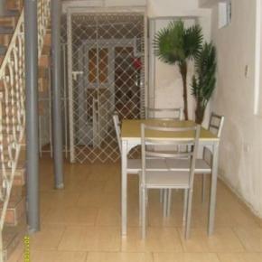 Hostellit - Casa Villa Magui
