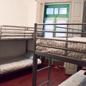 Hostellit - M2Students Hostel
