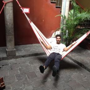 Hostellit - Sunshine Quito Hostal