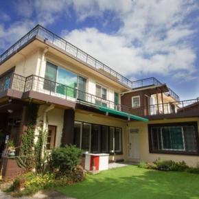 Hostellit - 24 Guesthouse Namsan Garden