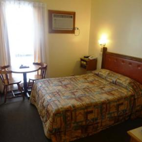 Hostellit - St Georges Motor Inn