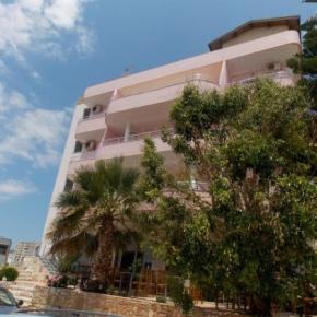 Hostellit - Hotel Piccolino