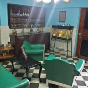 Hostellit - 'Fernandez Room Rentals'