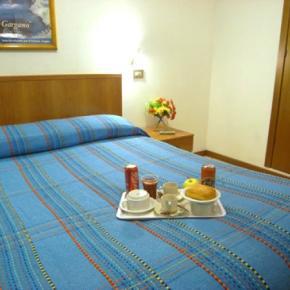 Hostellit - Hotel Adelchi