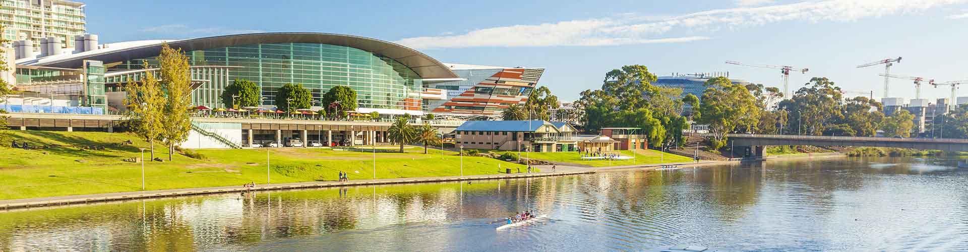 Adelaide – Retkeily kaupungiosassa Glenelg. Adelaide -karttoja, valokuvia ja arvosteluja kaikista Adelaide -retkeilyalueista.