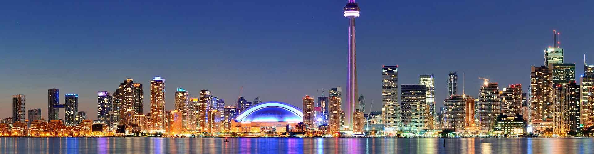 Toronto – Huoneet kaupungiosassa Fashion District. Toronto -karttoja, valokuvia ja arvosteluja kaikista Toronto -huoneista.