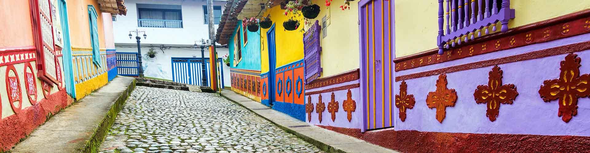 Medellin – Hostellit kohteessa Medellin. Medellin -karttoja, valokuvia ja arvosteluja kaikista Medellin -hostelleista.