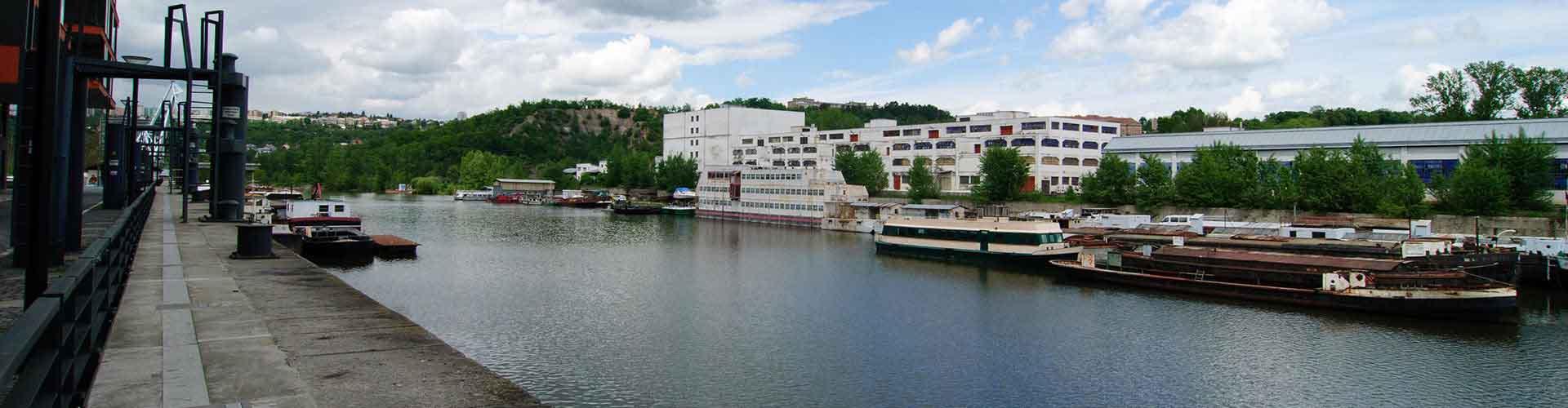 Praha – Hostellit kaupungiosassa Holesovicen. Praha -karttoja, valokuvia ja arvosteluja kaikista Praha -hostelleista.