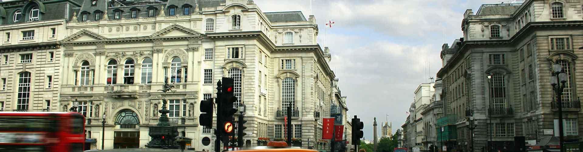 Lontoo – Hostellit lähellä Piccadilly Circus. Lontoo -karttoja, valokuvia ja arvosteluja kaikista Lontoo -hostelleista.