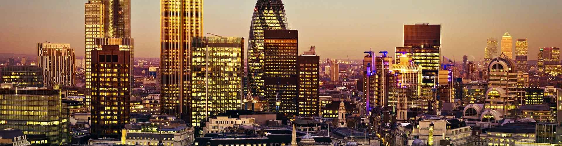 Lontoo – Hostellit lähellä Tower 42. Lontoo -karttoja, valokuvia ja arvosteluja kaikista Lontoo -hostelleista.