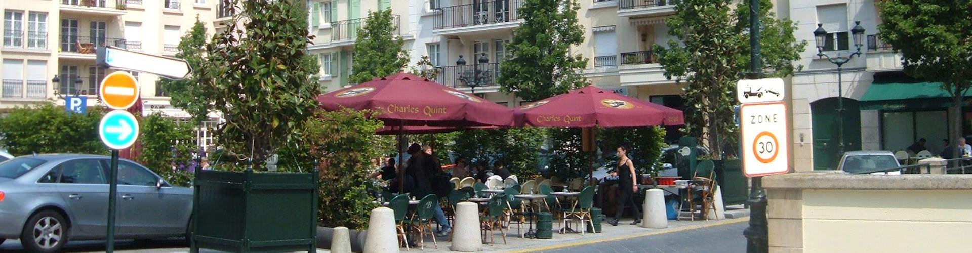 Nizza – Retkeily kaupungiosassa Kaupungin keskusta. Nizza -karttoja, valokuvia ja arvosteluja kaikista Nizza -retkeilyalueista.