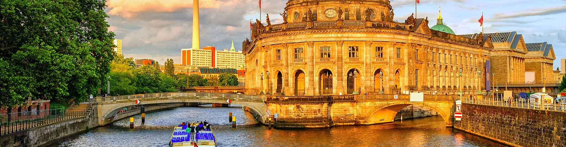 Berlin – Hostellit kohteessa Berlin. Berlin -karttoja, valokuvia ja arvosteluja kaikista Berlin -hostelleista.