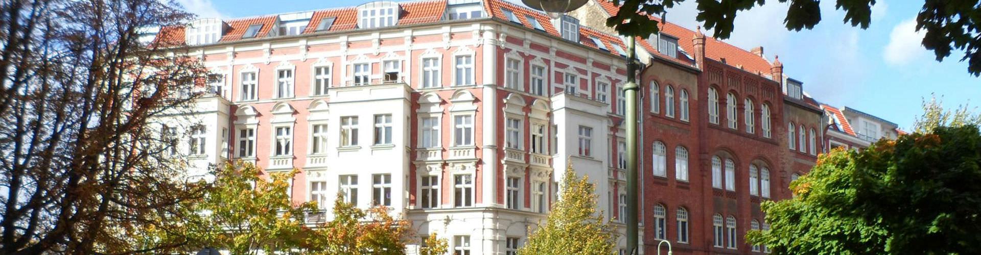Berlin – Hostellit kaupungiosassa Prenzlauer Berg. Berlin -karttoja, valokuvia ja arvosteluja kaikista Berlin -hostelleista.