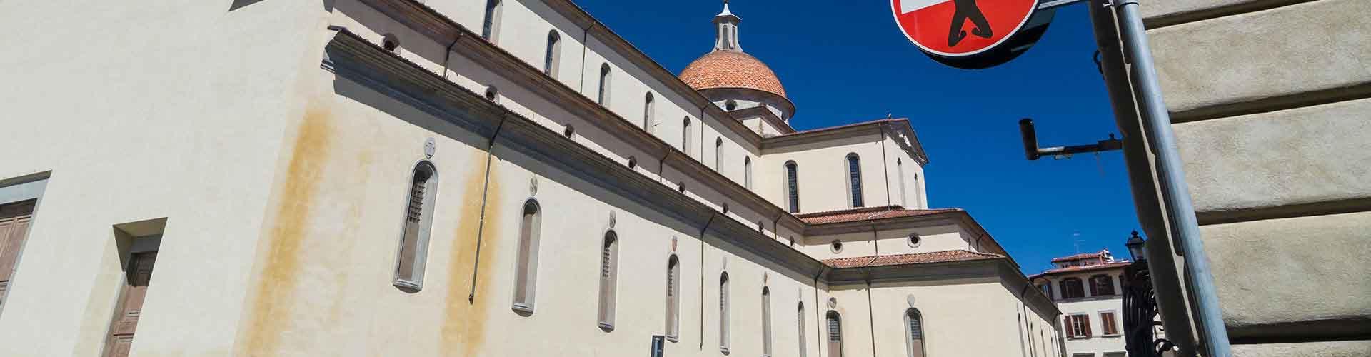 Firenze – Hostellit kaupungiosassa Santo Spirito. Firenze -karttoja, valokuvia ja arvosteluja kaikista Firenze -hostelleista.