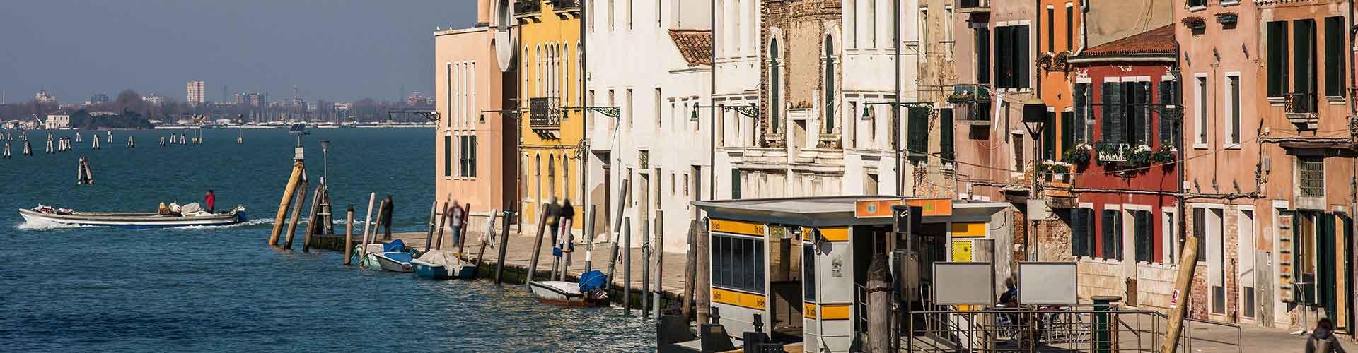 Venetsia – Huoneet kaupungiosassa Sestiere Cannaregio. Venetsia -karttoja, valokuvia ja arvosteluja kaikista Venetsia -huoneista.