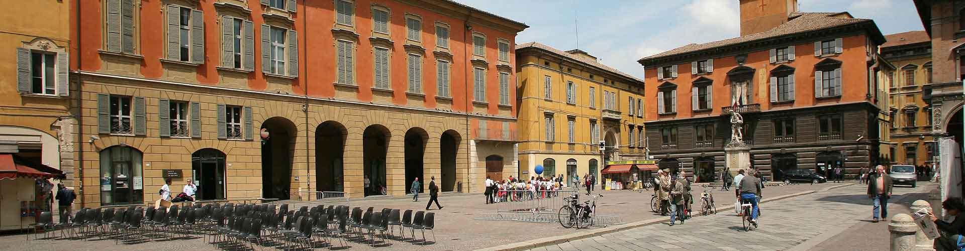 Reggio Emilia – Hostellit kohteessa Reggio Emilia. Reggio Emilia -karttoja, valokuvia ja arvosteluja kaikista Reggio Emilia -hostelleista.
