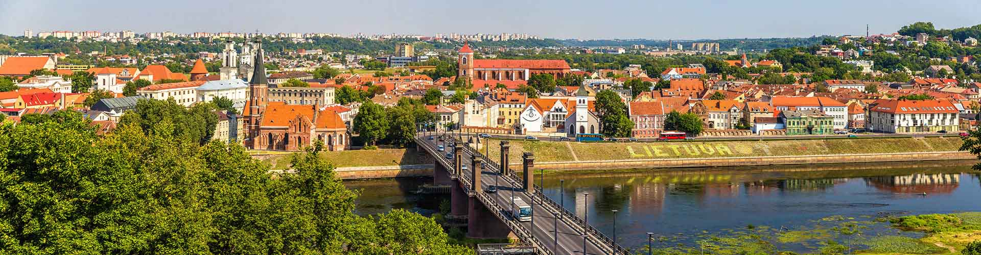 Kaunas – Student accommodation, hostels and coworking spaces in Kaunas (Liettua). Maps of Kaunas, photos and reviews for each place in Kaunas.