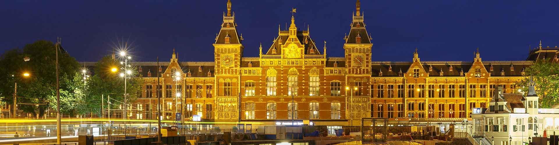 Amsterdam – Hostellit lähellä Amsterdam Centraal rautatieasema. Amsterdam -karttoja, valokuvia ja arvosteluja kaikista Amsterdam -hostelleista.