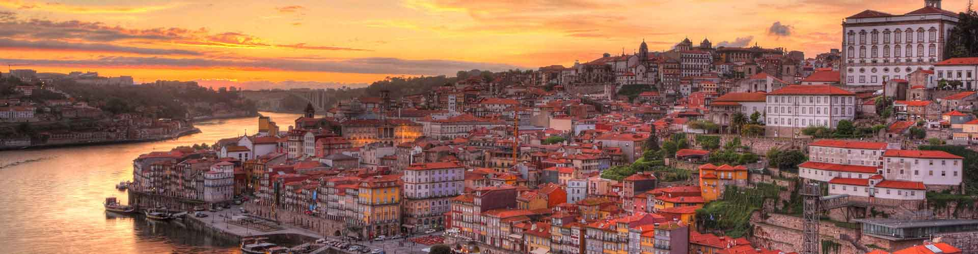 Porto – Hostellit kohteessa Porto. Porto -karttoja, valokuvia ja arvosteluja kaikista Porto -hostelleista.