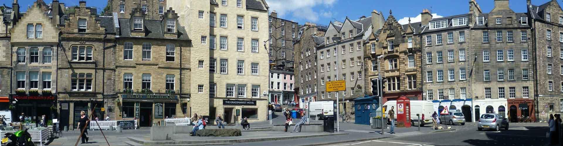 Edinburgh – Retkeily kaupungiosassa Grassmarket. Edinburgh -karttoja, valokuvia ja arvosteluja kaikista Edinburgh -retkeilyalueista.