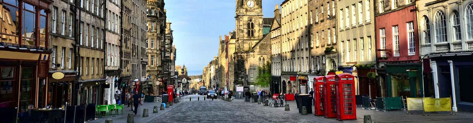 Edinburgh – Hotellit kaupungiosassa Royal Mile. Edinburgh -karttoja, valokuvia ja arvosteluja kaikista Edinburgh -hotelleista.