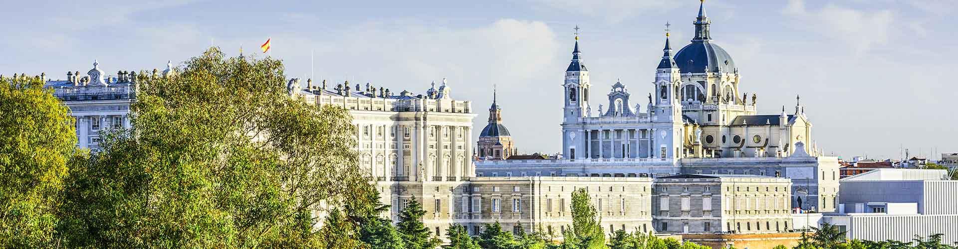 Madrid – Huoneet lähellä maamerkkiä Madrid-Barajas lentokenttä. Madrid -karttoja, valokuvia ja arvosteluja kaikista Madrid -huoneista.