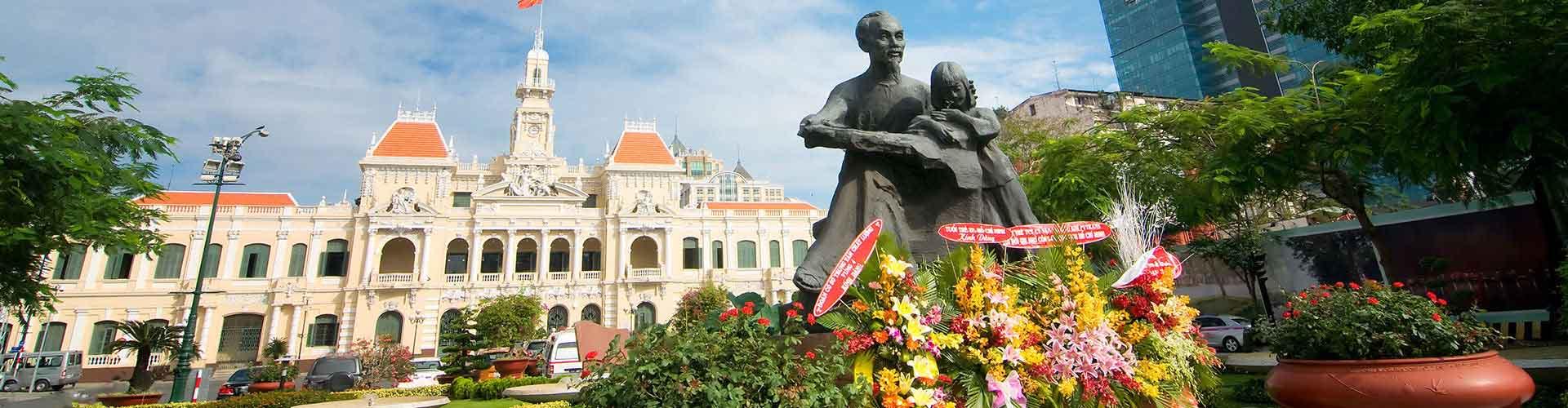 Hồ Chí Minhin kaupunki – Hostellit kohteessa Hồ Chí Minhin kaupunki. Hồ Chí Minhin kaupunki -karttoja, valokuvia ja arvosteluja kaikista Hồ Chí Minhin kaupunki -hostelleista.