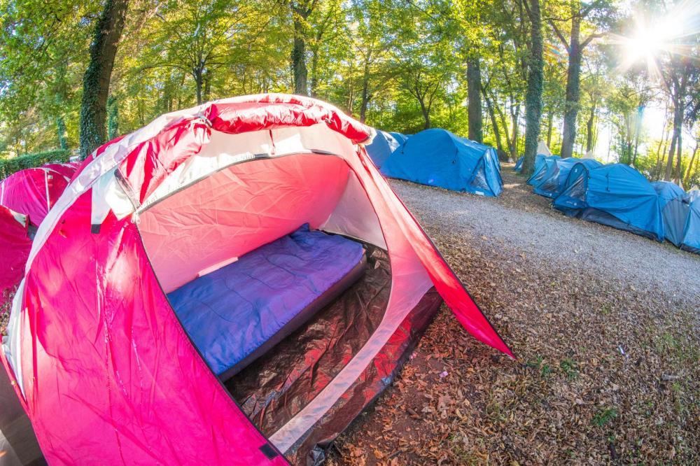 teltta yhden kerran