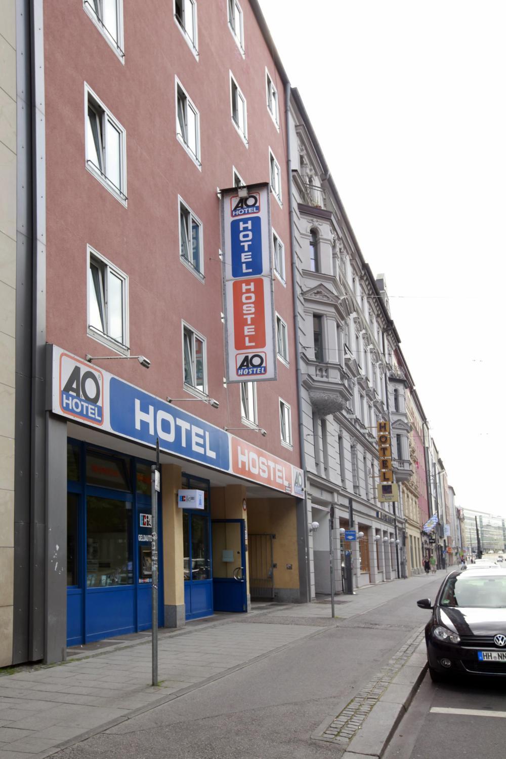 A & O Münchenin keskusaseman julkisivun julkisivu