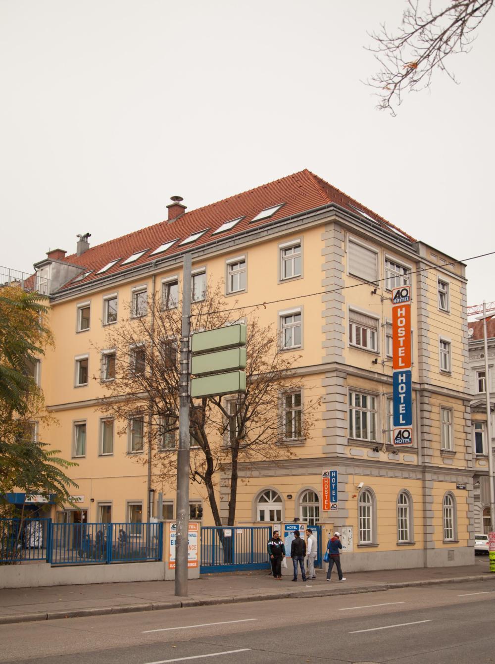A & O Wienin Stadthalle-hostellirakennus