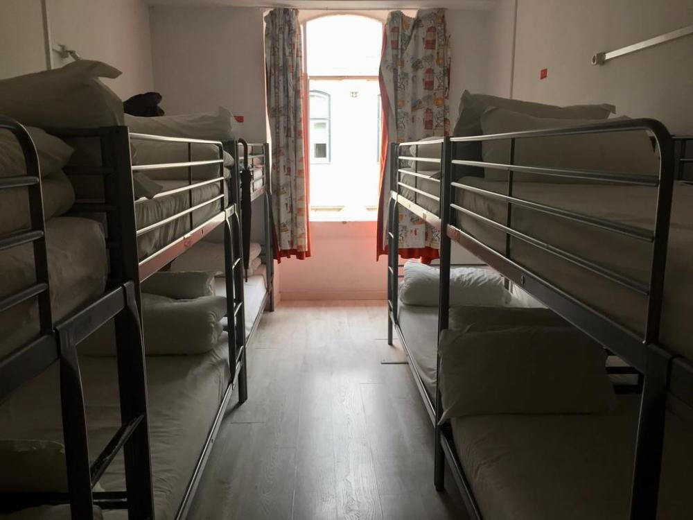 GoldenTram 242 Lissabon Hostel