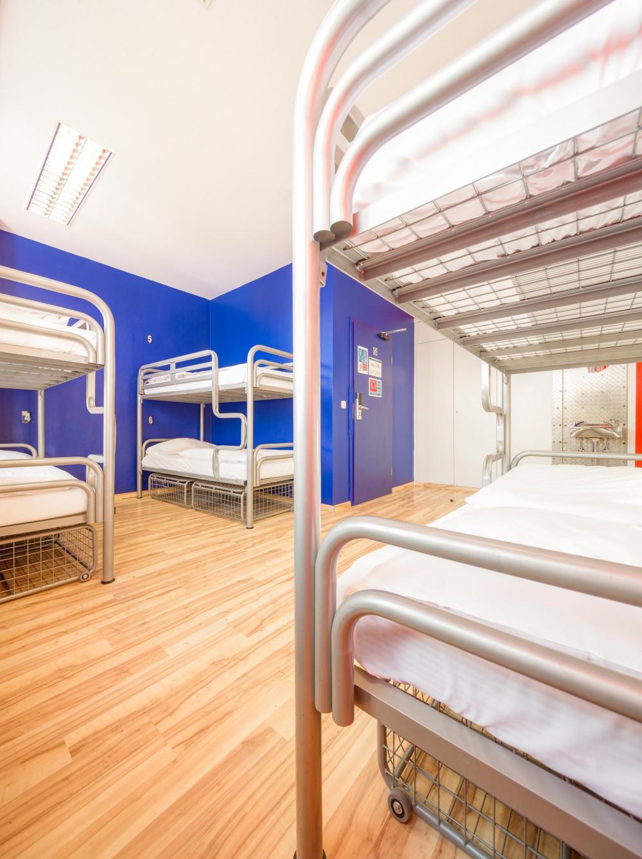 Joissakin sängyissä ei välttämättä ole erillistä säilytyslokeroa