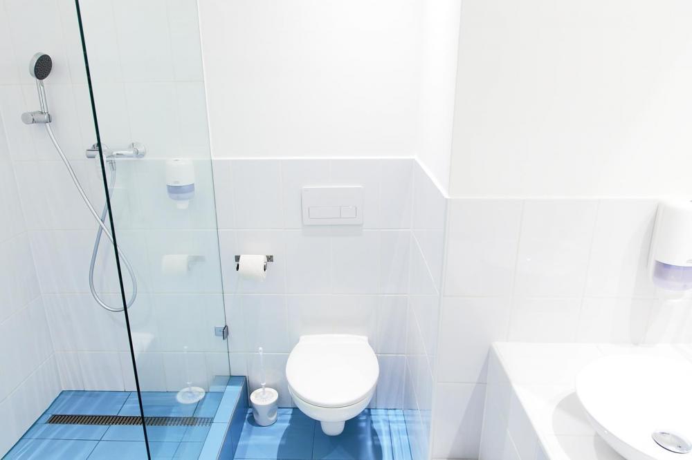 Yksityinen kylpyhuone