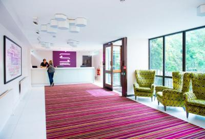 Hostellit - Safestay Holland Park