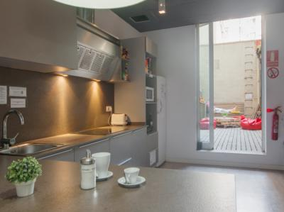 Hostellit - Hostel No Limit Barcelona Central