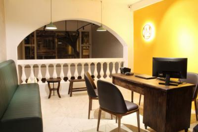 Hostellit - Lamo Boutique Hotel & Hostel