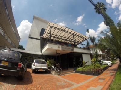 Hostellit - Hostel Pixelhouse Hospedaje