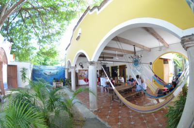 Hostellit - Hostel Ka'beh