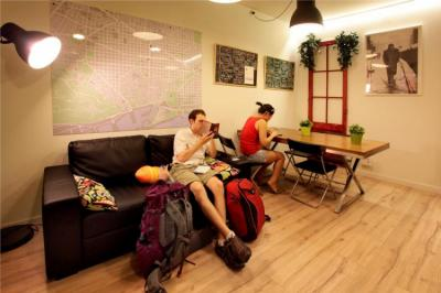 Hostellit - Gracia City Hostel