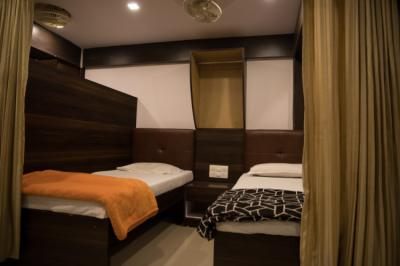 Hostellit - Mumbai Darbar - A Backpacker Hostel